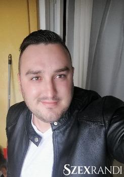 szexpartner Körmend - pumcsika 30 éves Hetero férfi