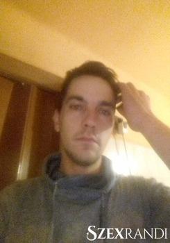 szexpartner Szeged - Renátó 28 éves Hetero férfi