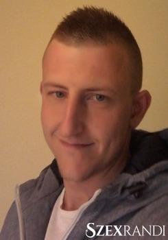 szexpartner Komárom - Coyote987 32 éves Hetero férfi