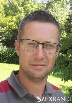 szexpartner Pápa - zsoltipapesz 39 éves Hetero férfi