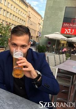 szexpartner Tatabánya - Dave69 25 éves Hetero férfi