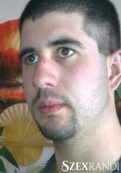 szexpartner Kazincbarcika - zsolesz 29 éves Hetero férfi