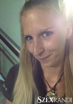 szexpartner Győr - Reni 35 éves Biszexuális nő
