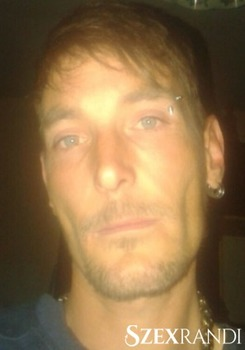 szexpartner Békéscsaba - zolika 34 éves Hetero férfi